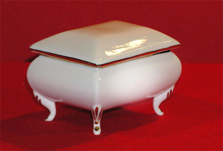"A0343-4.5"" - SQUARE TRINKET BOX"