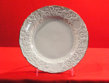 "D1281-8"" - EMBOSSED DISH"