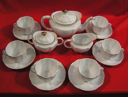 "T067-10"" - 15 PIECE TEA SET"